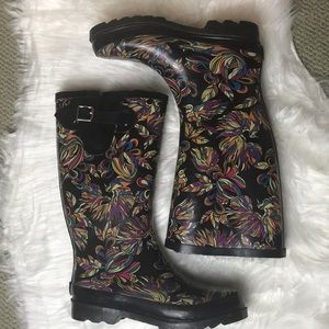 Sakroots peace faux fur insulated rain boot size 7